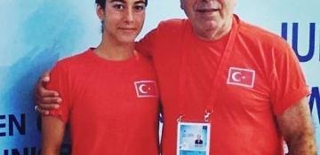 İmge Roza Erdemli'den Türkiye Rekoru