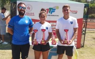 Melis Ayda Uyar ve Erden Er'den Türkiye Şampiyonu Oldu!